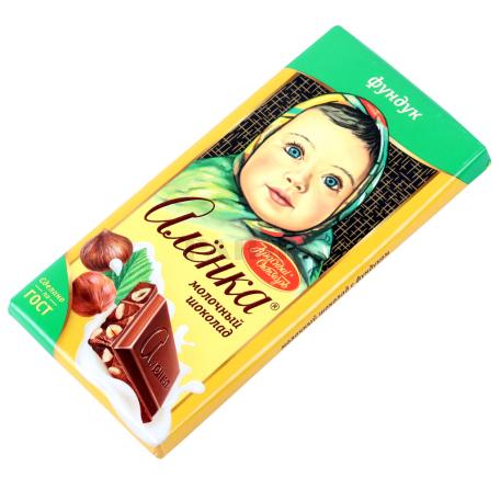 Շոկոլադե սալիկ «Аленка» պնդուկ 90գ